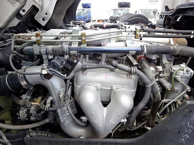 いすゞ H26 ギガ 4軸低床アルミウィング 画像17