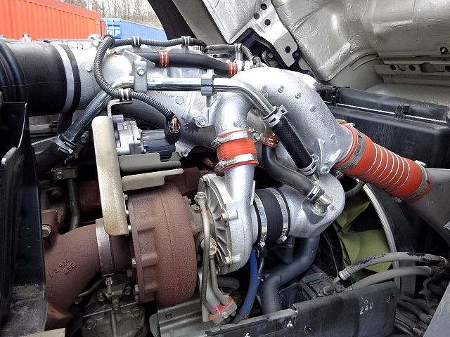 いすゞ H26 ギガ 4軸低床アルミウィング 画像18
