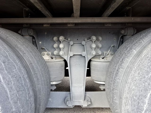 いすゞ H26 ギガ 4軸低床アルミウィング 画像19