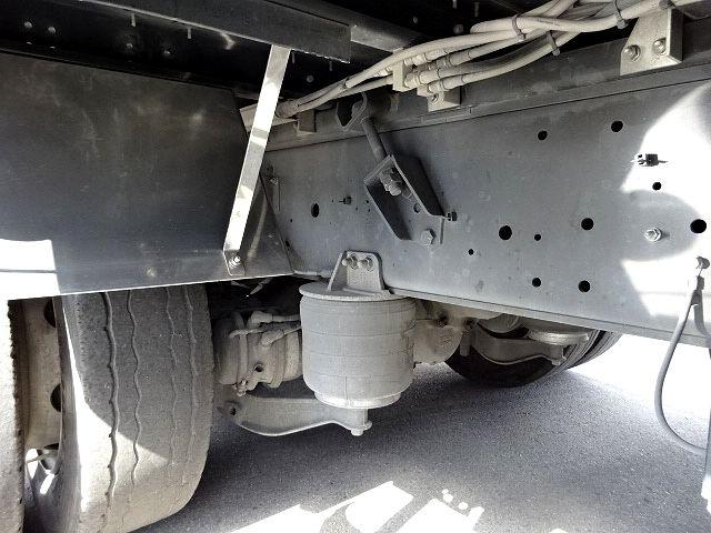 いすゞ H26 ギガ 4軸低床アルミウィング 画像21