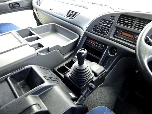 いすゞ H26 ギガ 4軸低床アルミウィング 画像27