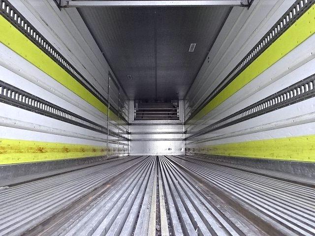 UD H24 クオン 3軸冷凍車 格納PG キーストン 画像12
