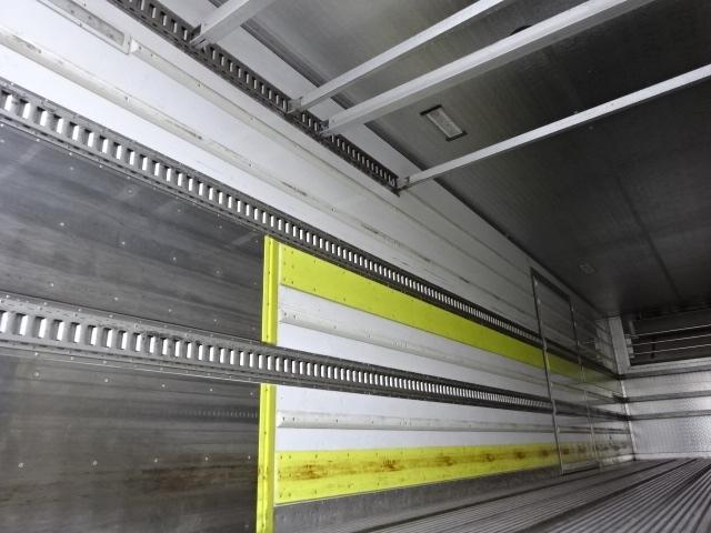 UD H24 クオン 3軸冷凍車 格納PG キーストン 画像13