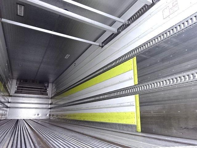 UD H24 クオン 3軸冷凍車 格納PG キーストン 画像14