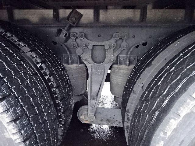 UD H24 クオン 3軸冷凍車 格納PG キーストン 画像20