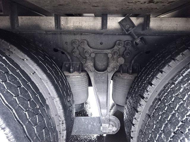 UD H24 クオン 3軸冷凍車 格納PG キーストン 画像21