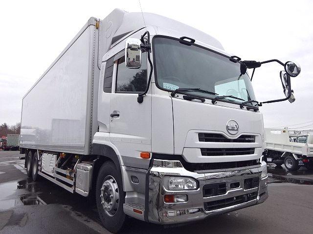 UD H24 クオン 3軸冷凍車 格納PG キーストン 画像3