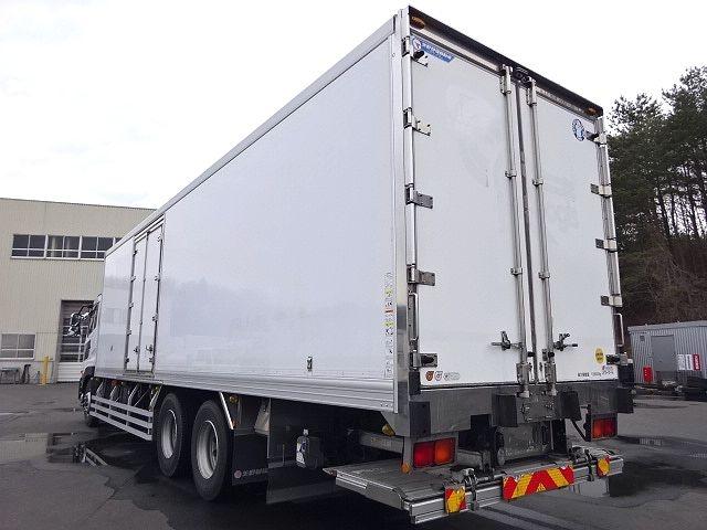 UD H24 クオン 3軸冷凍車 格納PG キーストン 画像8
