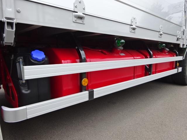 いすゞ H24 ギガ ハイルーフ 4軸低床アルミウィング 画像19