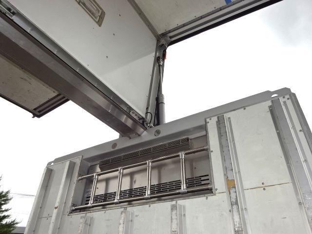 三菱 H21 スーパーグレート 4軸低床 冷凍ウィング 画像14