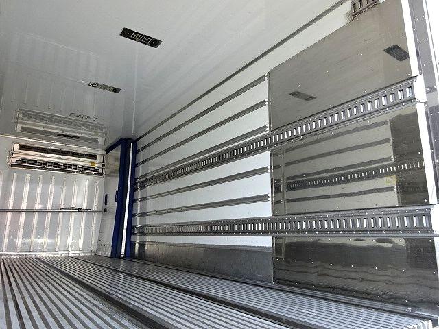 三菱 H23 ファイター 低温冷凍車 キーストン 画像13