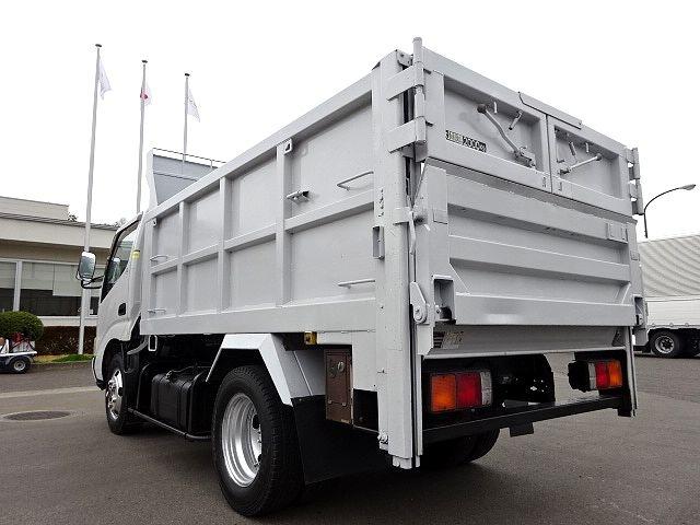 日野 H18 デュトロ 深ダンプ 切り替え式4WD 画像9