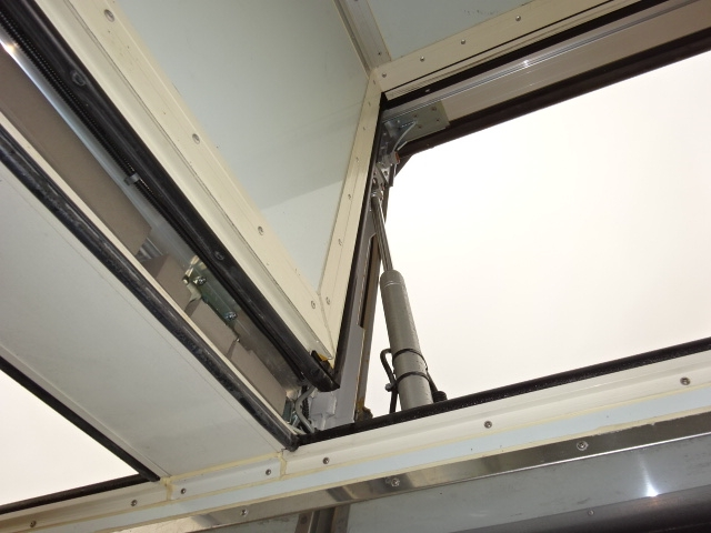 いすゞ ギガ 低温冷凍ウィング 格納PG キーストン 画像14