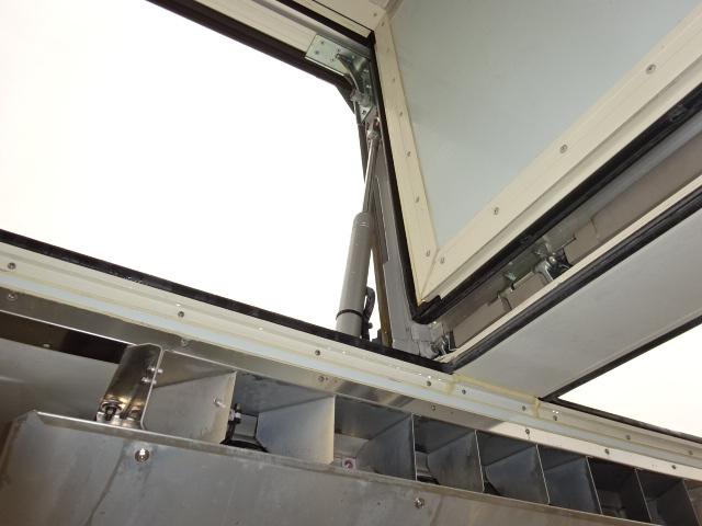 いすゞ ギガ 低温冷凍ウィング 格納PG キーストン 画像15