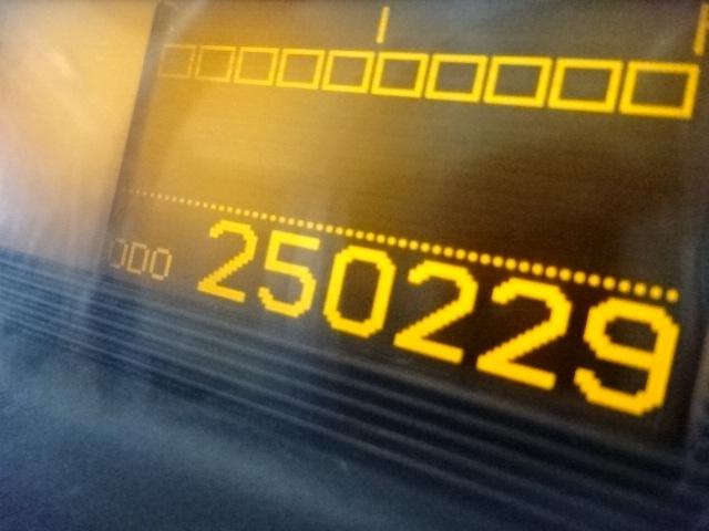UD H24 クオン ダンプ ボディ強化仕様 420馬力 画像13