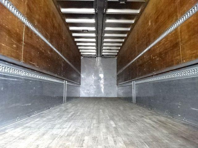いすゞ ギガ 4軸低床アルミウィング  画像2