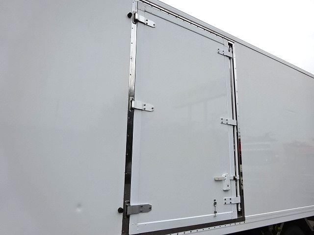 三菱 H23 ファイター フルワイド 低温冷凍車 画像5