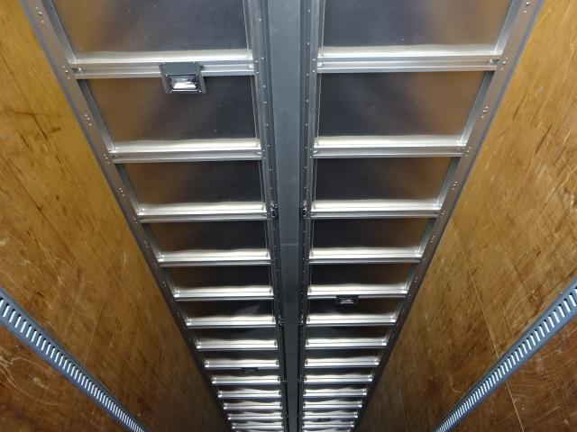 いすゞ H24 ギガ 4軸低床アルミウィング 画像10