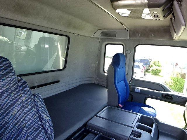 いすゞ H24 ギガ 4軸低床アルミウィング 画像24