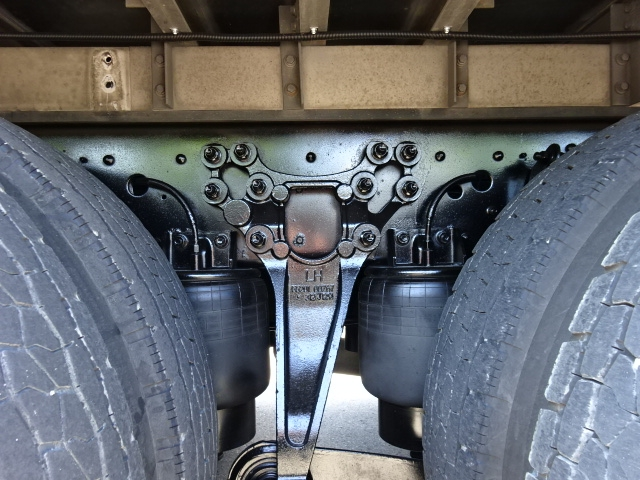 UD H25 クオン 3軸 低温冷凍車 キーストン 画像15