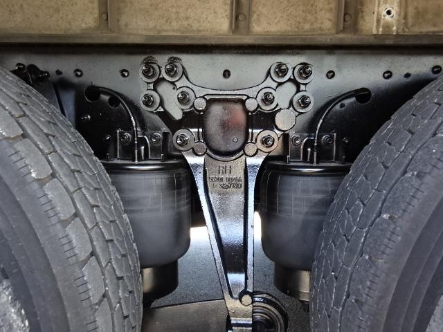UD H25 クオン 3軸 低温冷凍車 キーストン 画像16