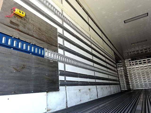 いすゞ H18 ギガ 3軸 低温冷凍車 キーストン 画像11
