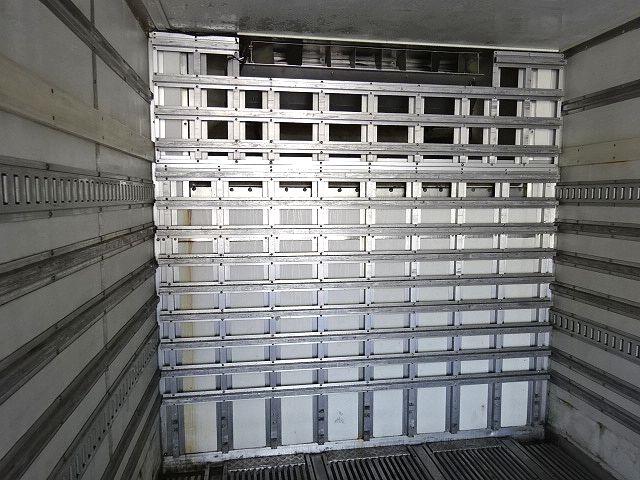 いすゞ H18 ギガ 3軸 低温冷凍車 キーストン 画像13