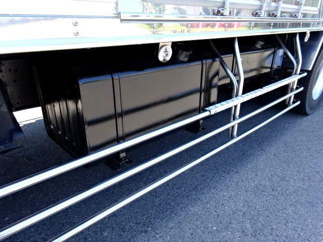 いすゞ H18 ギガ 3軸 低温冷凍車 キーストン 画像18