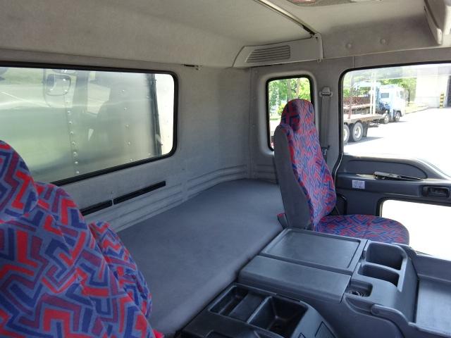 いすゞ H18 ギガ 3軸 低温冷凍車 キーストン 画像25