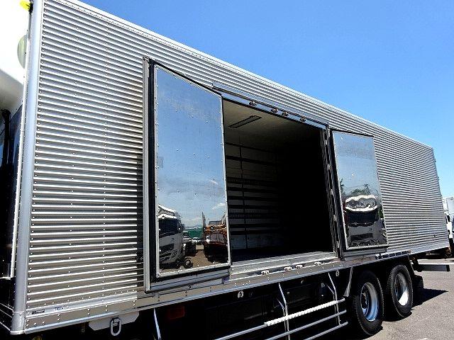 いすゞ H18 ギガ 3軸 低温冷凍車 キーストン 画像5