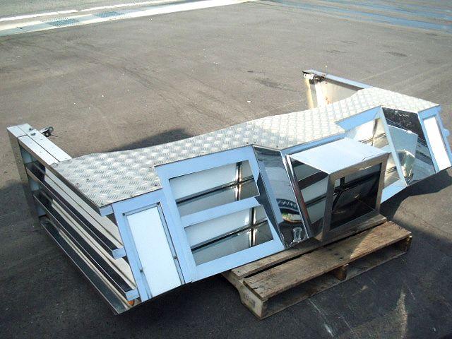 4t車 標準幅用 フロントステンレスバンパー 画像3