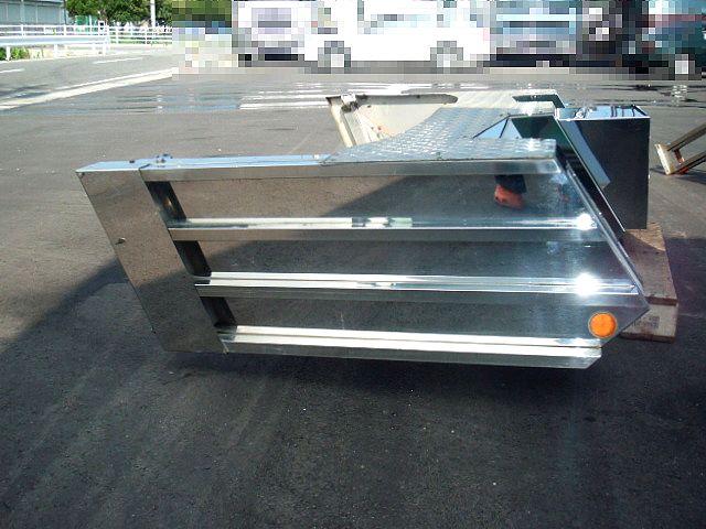 4t車 標準幅用 フロントステンレスバンパー 画像4